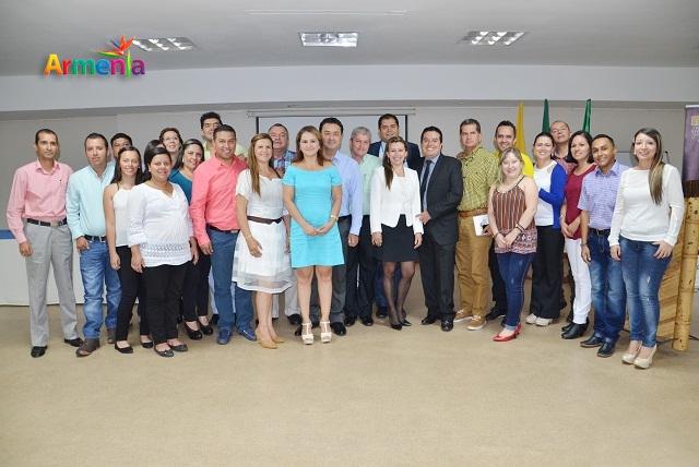 ALCALDE EN LA FIRMA DE CONVENIOS DPS, MFA Y JA 4