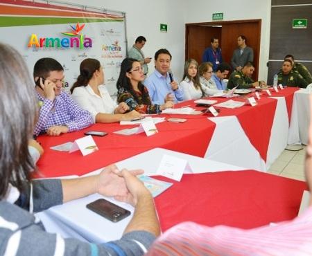 ALCALDE PRESIDE CONSEJO MPAL DE POLITICA SOCIAL